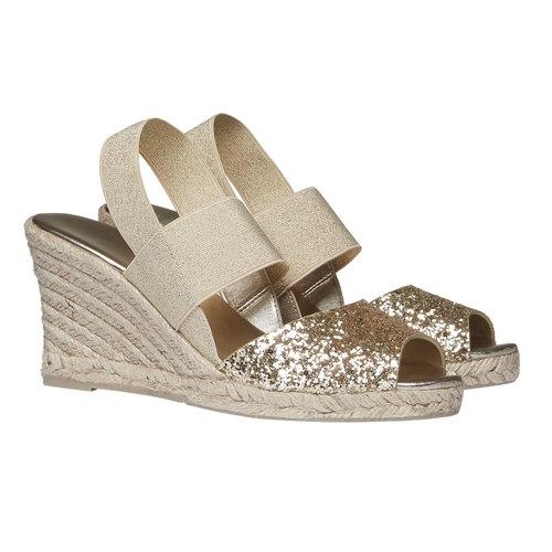Sandali da donna con plateau bata, beige, 769-8548 - 26