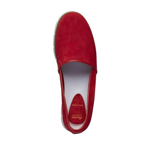 Slip-on di pelle con perforazioni flexible, rosso, 513-5200 - 19
