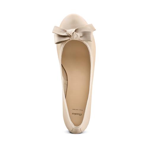Ballerine con tacco bata, beige, 524-8420 - 17