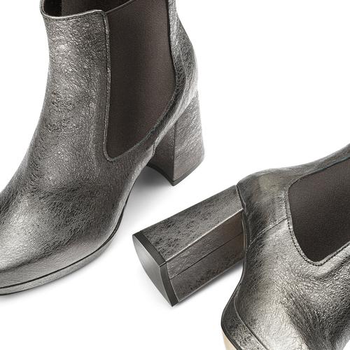 Tronchetti in pelle metallizzata bata, grigio, 794-2147 - 19