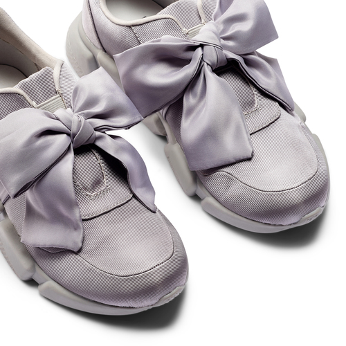 Sneakers con lacci in satin bata, grigio, 549-1202 - 26