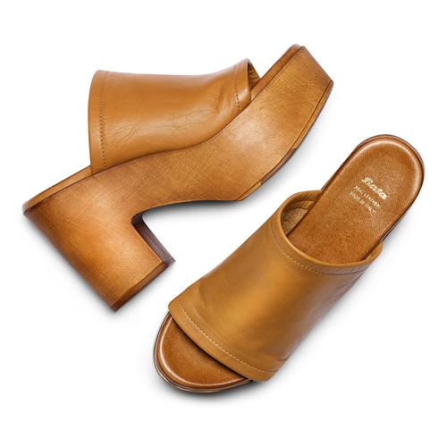 Mule con tacco largo bata, marrone, 764-3436 - 26
