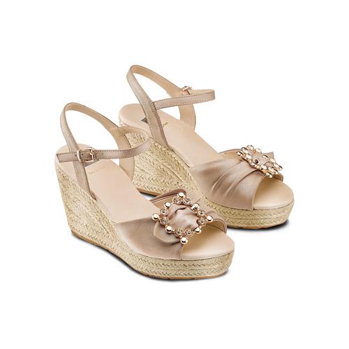 Sandali con applicazione bata, beige, 769-8237 - 16